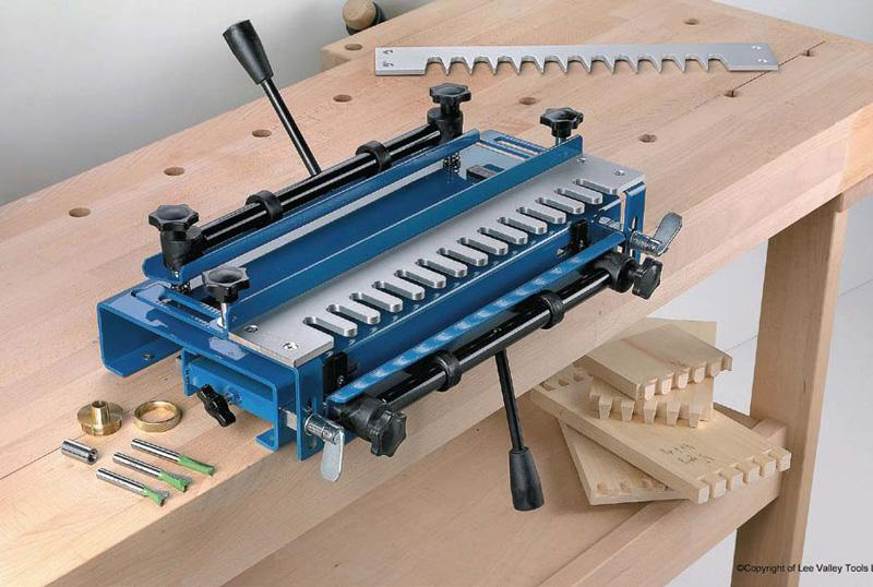 Dovetail woodworking jig