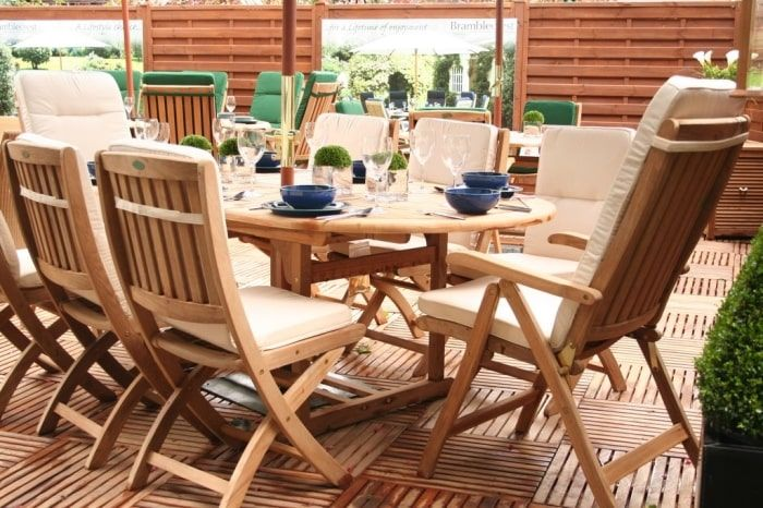 teak outdoor furniture