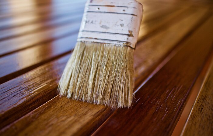 how to oil a wooden floor