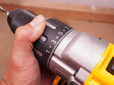How to Change a Drill Bit step 4